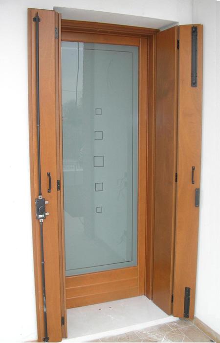 Portafinestra in abete lamellare modello elegance padova realizzazione porte finestre - Porta finestra o portafinestra ...