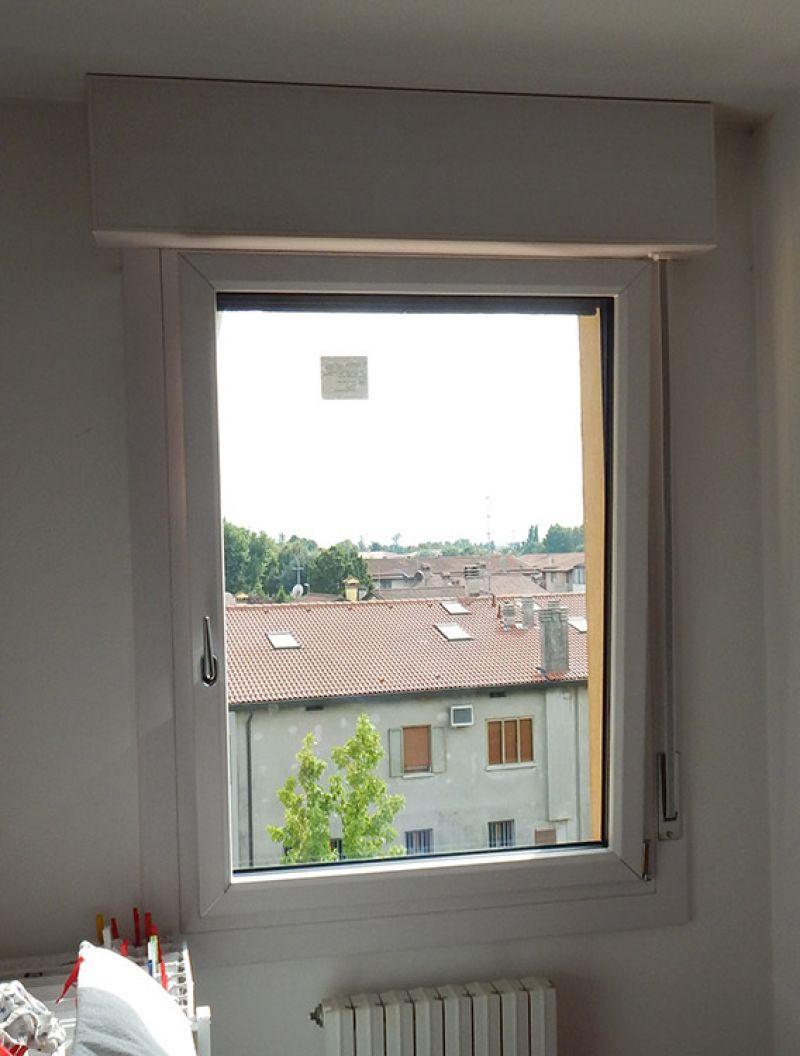 Finestra uni one effetto legno padova realizzazione - La finestra padova ...