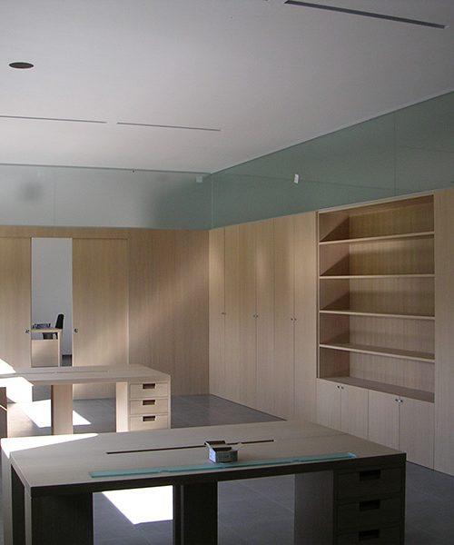 Mobili per ufficio Padova - Realizzazione porte, finestre ...