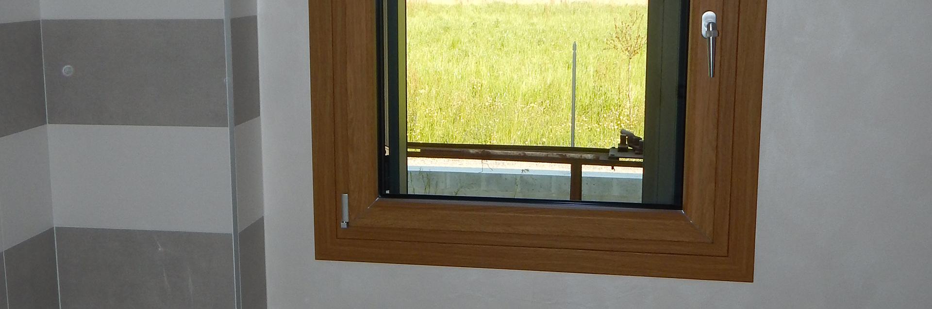 Realizzazione modelli uni one padova porte finestre portoncini d 39 ingresso e scuri in legno - Modelli di finestre ...