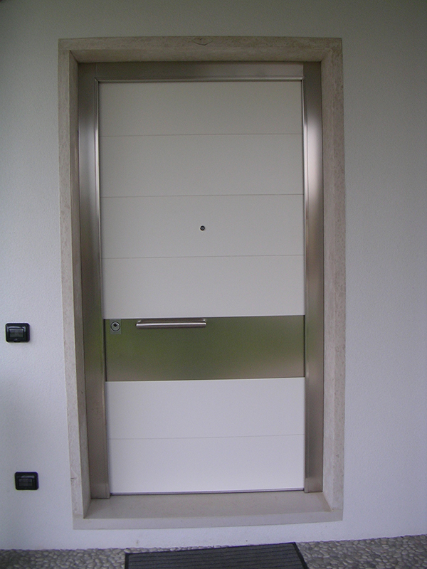Porte Con Inserti In Alluminio : Portoncino modello belgrado padova realizzazione porte
