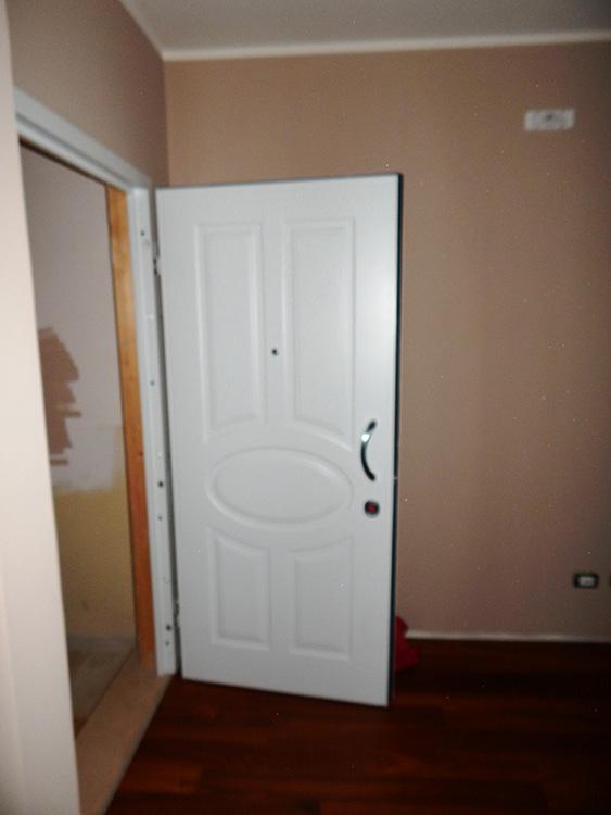 Porta blindata pantografata padova realizzazione porte - Porta ingresso blindata ...