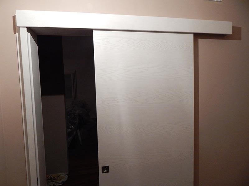 Porta scorrevole esterno muro in frassino padova - Porta scorrevole esterna muro ...