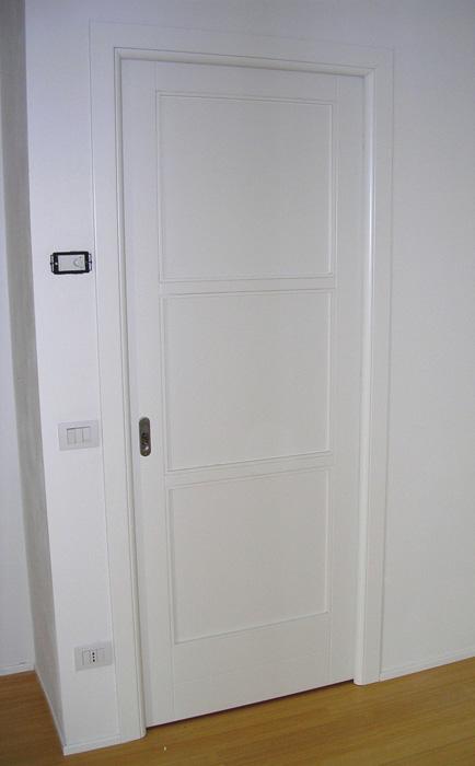 Porte scorrevoli tre riquadri padova realizzazione porte - Finestra a tre aperture ...