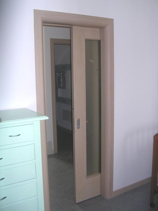 Porta scorrevole vetro e legno - Modello N Padova - Realizzazione ...