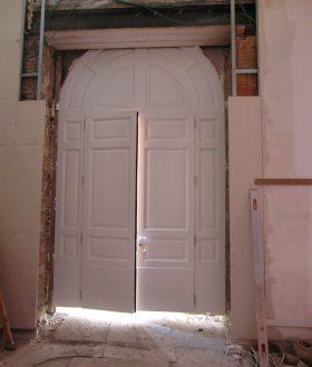 Portale d'ingresso in legno mod VATICANO