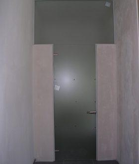 Porte tuttovetro su pareti
