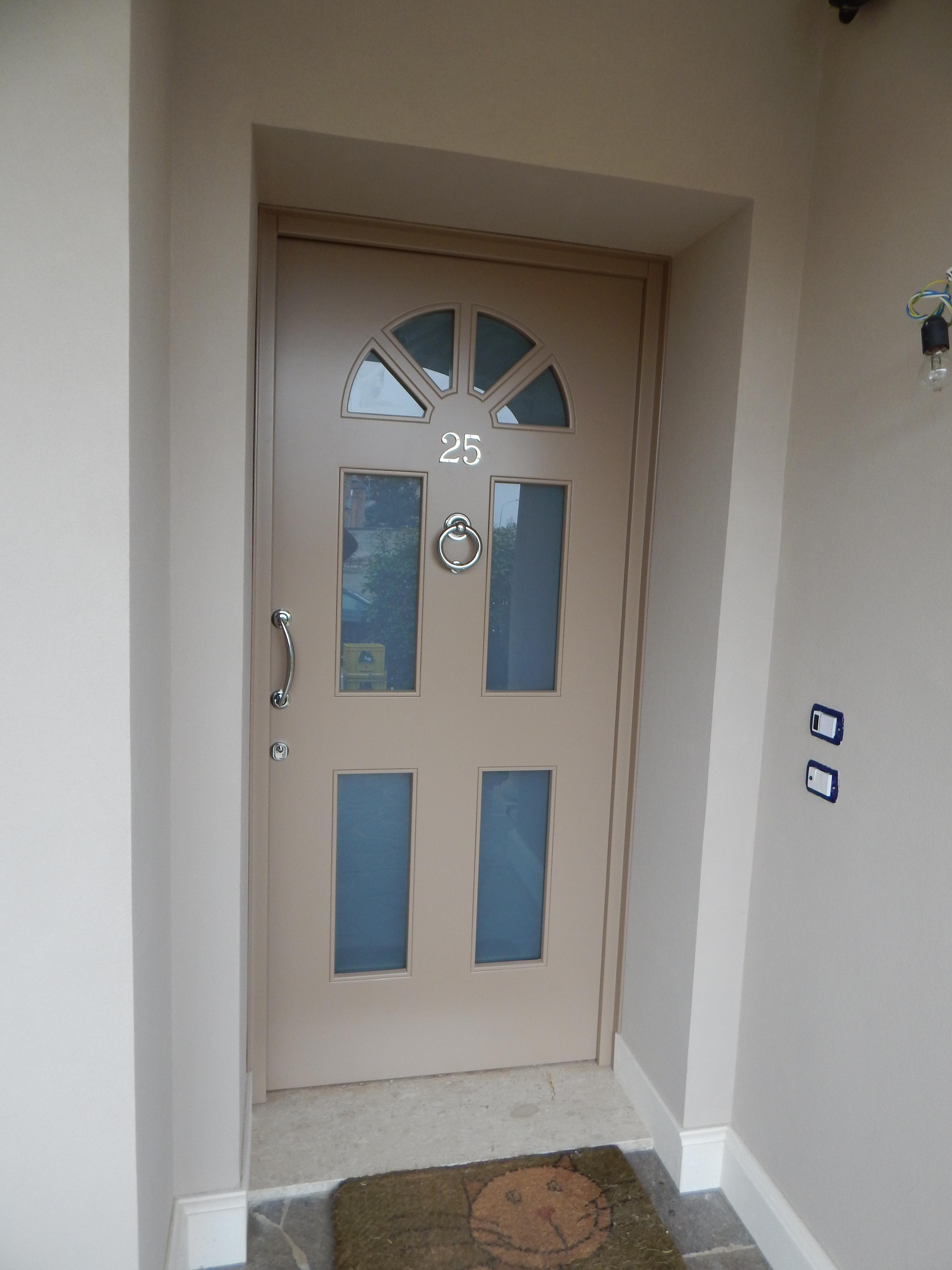 Portoncino ingresso modello siena padova realizzazione for Porte d ingresso