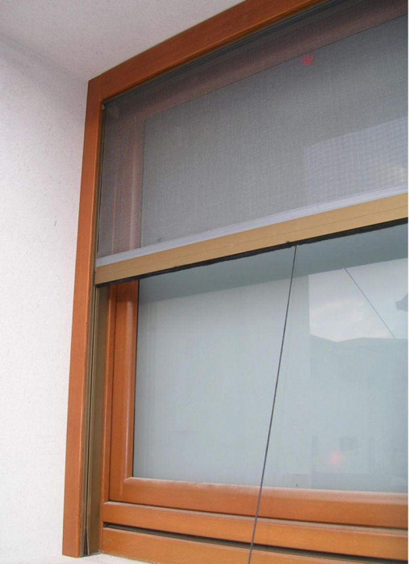 Zanzariere padova realizzazione porte finestre portoncini d 39 ingresso e scuri in legno pan - Amazon zanzariere per finestre ...