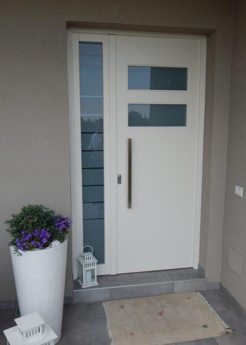 Portoncino modello vicenza padova realizzazione porte finestre portoncini d 39 ingresso e scuri - Porte e finestre vicenza ...