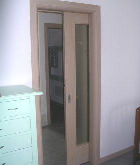 Porta scorrevole vetro e legno – Modello N
