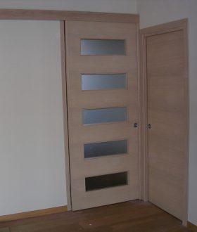 Porta scorrevole vetro e legno – Modello R