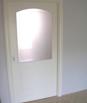 Porta scorrevole vetro e legno – Modello pantografato